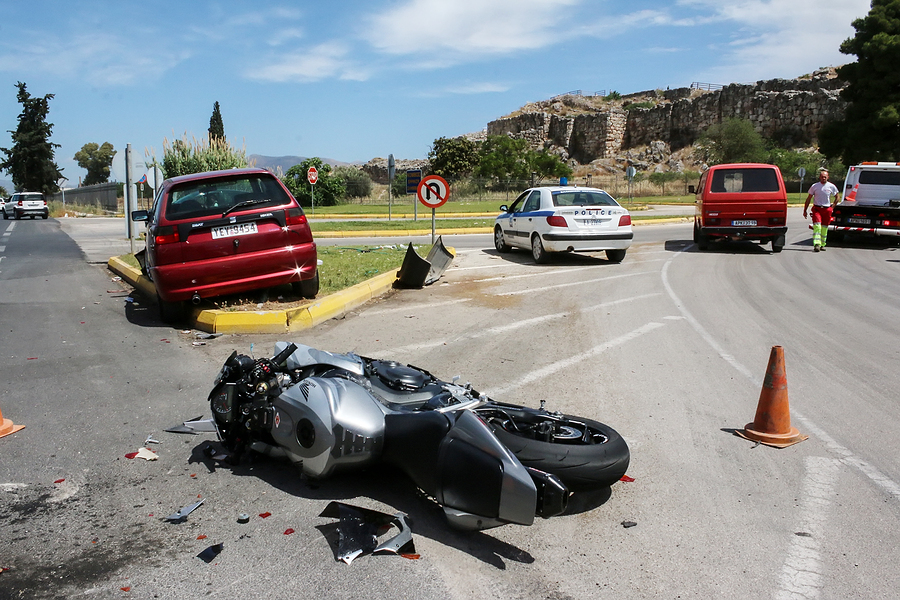 traffic accident between a car and a motorcycle large displacement on country roads - Los Angeles personal injury attorney