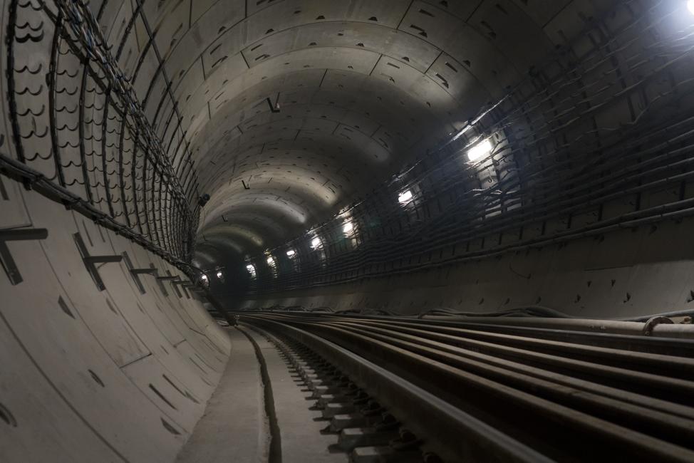elon-musk-tunnel