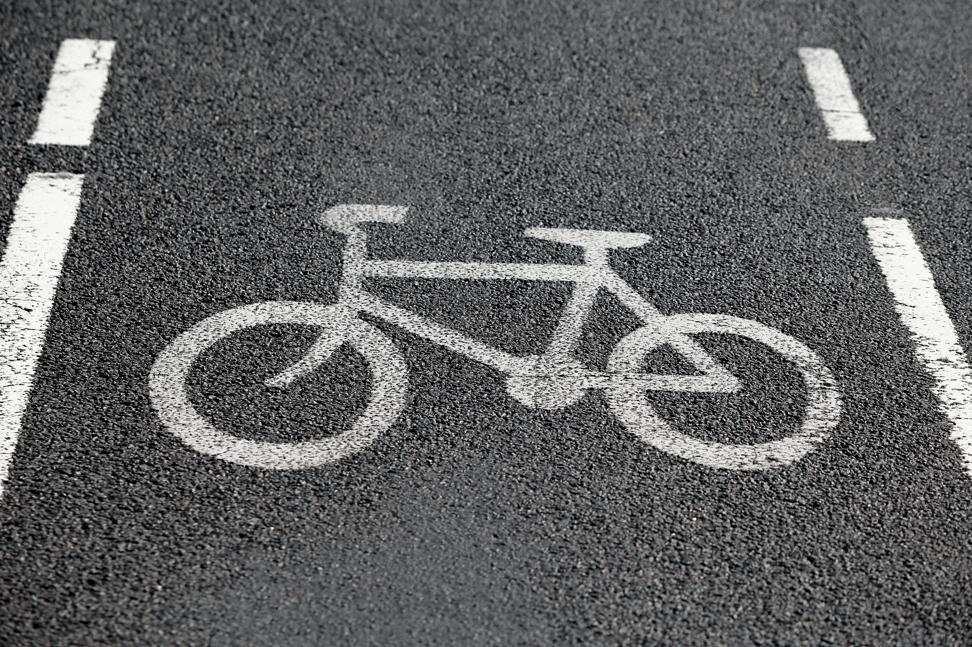bicycle-lane-los-angeles