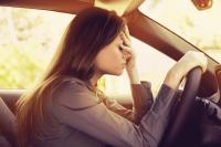 upset-woman-in-car