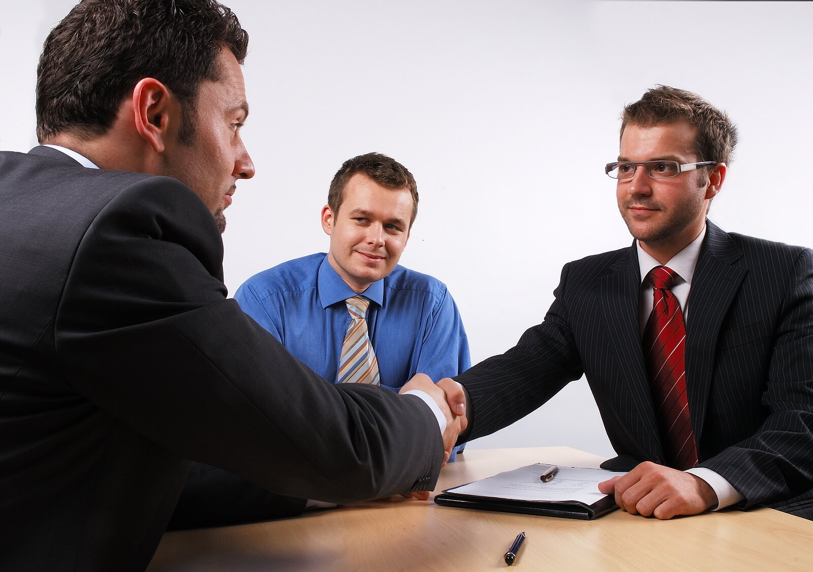 Signing Personal Injury Loans